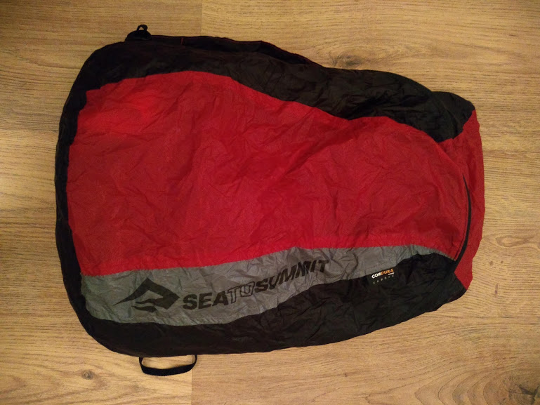 sea to summit ultrasil daypack, from the front